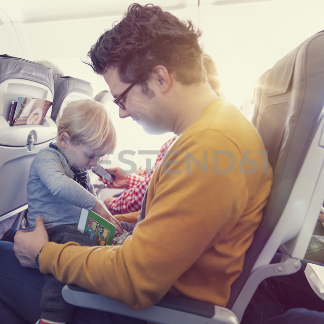 Father with son in airplane - MF000730
