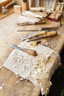 Work bench in a violin maker's workshop - TCF003813