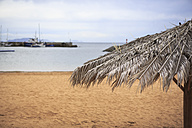 Portugal, Madeira, Machico, beach umbrella at Yellow beach - VT000059
