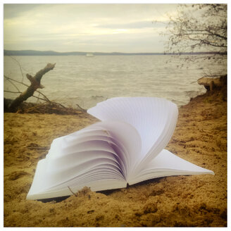 Empty notebook in Nature, concept for a fresh start - MVC000059