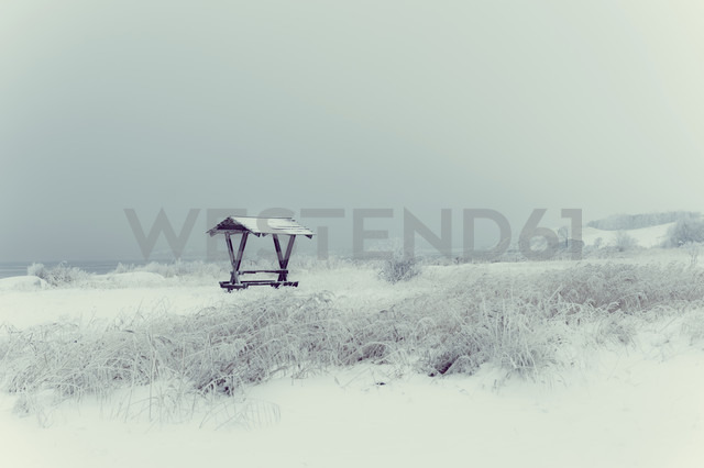 Germany, Mecklenburg-Western Pomerania, Ruegen in winter - MJF000592