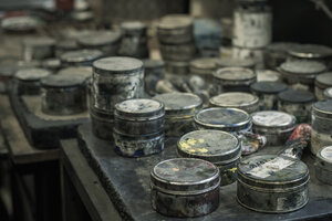Cans in a printing house - MJ000701