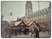Germany, Hamburg, scene from the Hamburg Christmas Market at City Hall - KRP000179