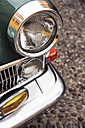 Portugal, Madeira, Funchal, Museum of Comtemporary Art, headlight of a classic car parking at courtyard - VT000077