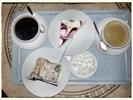 Coffee and cake on tray, Germany - CSF020620