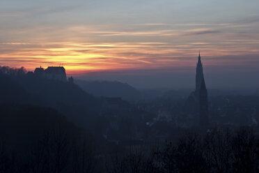 Germany, Bavaria, Landshut, view to town from Carossahoehe at sunset - YFF000019