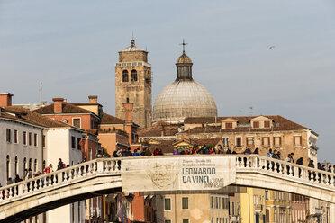 Italy, Venice, Canale Grande, Ponte degli Scalzi - FO005811
