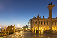 Italy, Venice, St Mark's Square with St. Mark's Lion at night - FOF005704