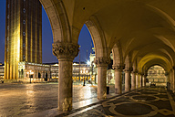 Italy, Venice, St Mark's Square, Colonnade of Doge's Palace at night - FOF005688