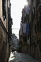 Italy, Veneto, Venice, alley - FO005899