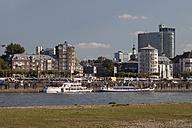 Germany, North Rhine-Westphalia, Duesseldorf, on the Rhine riverbank - WI000332