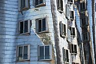 Germany, North Rhine-Westphalia, Duesseldorf, Media Harbour, part of metal facade of office building - WG000212