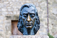 Spain, Balearic Islands, Mallorca, Valldemossa, Bust of Composer Frederic Chopin - THA000016