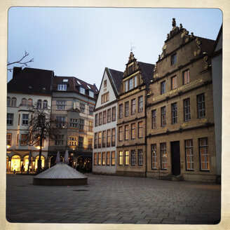 Traditional buildings at Old Market from 16th and 17th century, rebuilt after second world in the 1950s, Bielefeld, Germany - ZMF000176
