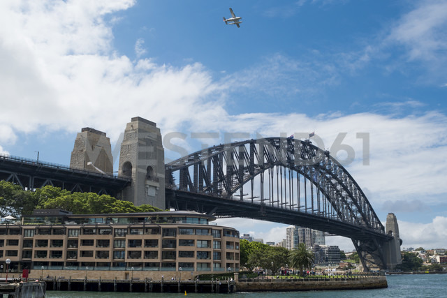 Australia, New South Wales, Sydney, view to Harbour bridge - FB000211 - Frank Blum/Westend61