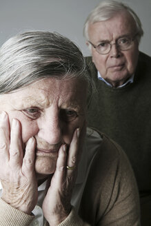 Portrait of senior couple, close-up - JATF000640