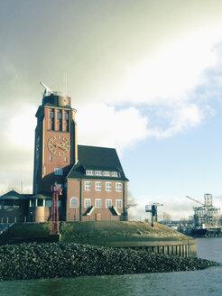 Lotsenhaus on Bubendeyweg, Finkenwerder, Hamburg, Germany - SEF000468