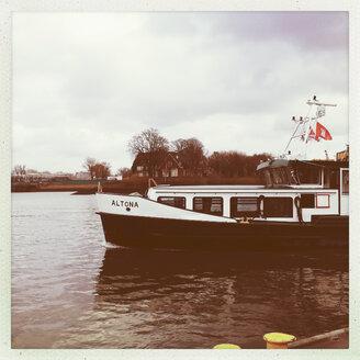 Ferry jetty at Finkenwerder, Hamburg, Germany - SE000477