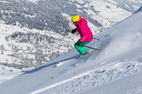 Switzerland, Graubuenden, Obersaxen, female Skier - EGF000002
