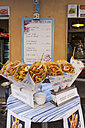 Italy, La Spezia Province, Riomaggiore, snack stand with sea food - AM001787