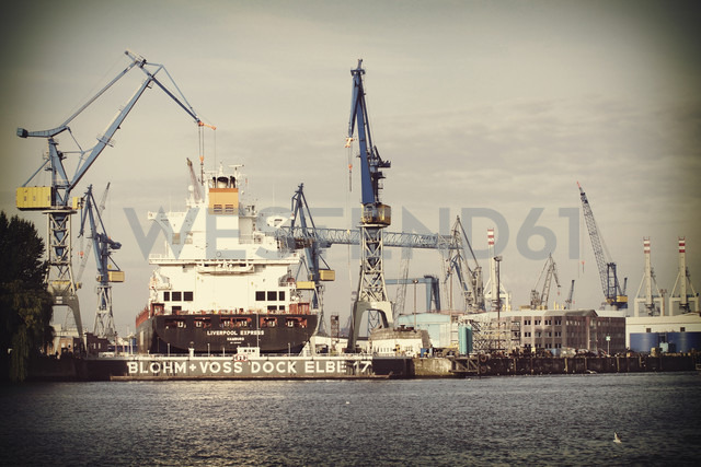 Germany, Hamburg, Blohm and Voss dry dock - HOH000469 - Fotomaschinist/Westend61
