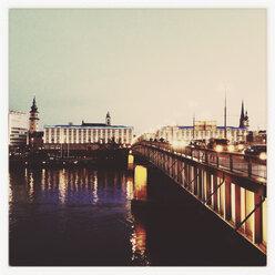 Nibelungen Bridge over the Danube, gersehen by the Ars Electronica Center, Linz Upper Austria, Austria - MSF003328