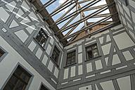 Germany, Baden-Wuerttemberg, Altensteig, Roof truss of castle - LA000612