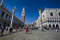 Italy, Venice, People on St Mark's Square - EJW000260