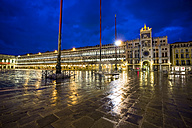Italy, Venice, St Mark's Square with Torre dell'Orologio at night - EJWF000282