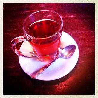Glass with tea in a cafe - JAWF000012