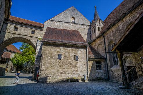 Germany, Bavaria, Burghausen, Castle - EJW000320