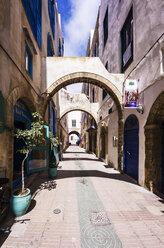 Morocco, Essaouira, Old Medina, alley - THAF000116