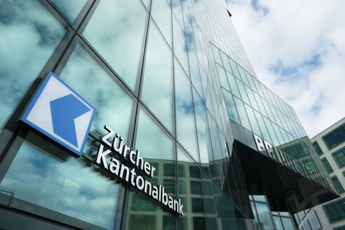 Switzerland, Canton Zurich, Zurich, facade of Prime Tower with logo of Zurich Cantonal Bank - EL000882