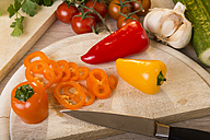Chopped paprika on chopping board - CSTF000039