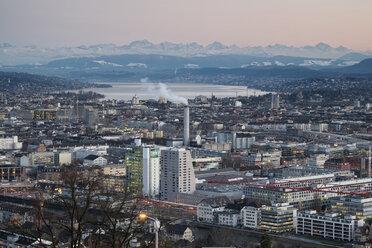 Switzerland, Zurich, view to city with Zurichsee in front of the Swiss Alp - ELF000889