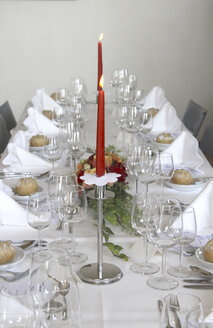 Festive decorated table - MABF000203
