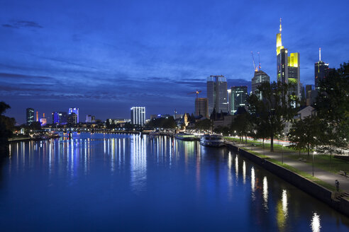 Germany, Hesse, Frankfurt, Skyline with River Main at night - WI000436
