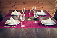 Festive laid table for four persons - SARF000301
