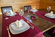 Festive laid table for four persons - SARF000300