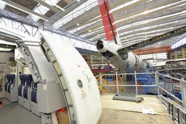 Airplane construction in a hangar - SCH000011