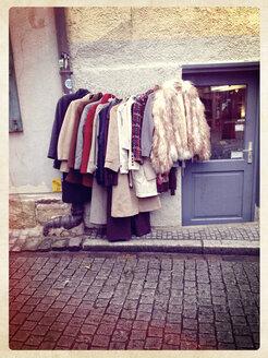Germany, Baden-Wuerttemberg, Tuebingen, second-hand store - LVF000810