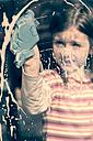 Lttle girl cleaning window - SARF000311