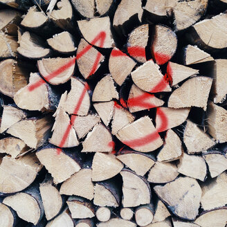 13, stack of wood, unlucky number - GSF000773