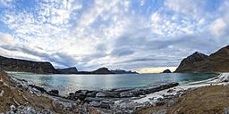 Norway, Lofoten, Sundown at the coastline of Utakleiv - STS000340
