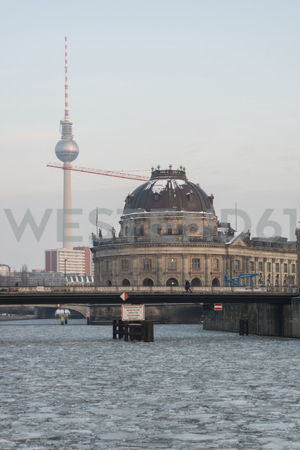 Germany, Berlin, Spree river, view to television tower and Bode Museum - FBF000286 - Frank Blum/Westend61