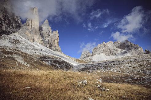 Italy, Dolomite Alps, clouds at Tre Cime di Lavaredo - VTF000159