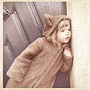 Carnival, girl in a bear costume - LVF000891