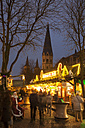Germany, North Rhine-Westphalia, Bonn, Christmas market at Muenster Square - WI000493