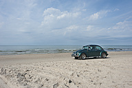 Denmark, Jutland, Lokken car parking at Lokken beach - JB000078