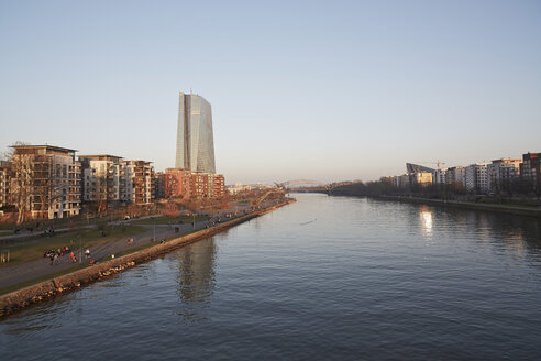 Germany, Hesse, Frankfurt, view to waterside of Main river and European Central Bank in the background - AKF000338